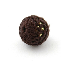 Gehaakte kraal, rond, goudkleurige kern, donkerbruin, 20 mm (5 st.)