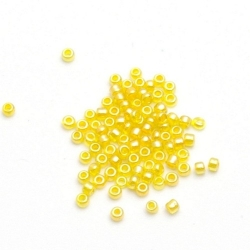 Rocailles, geel met glansje, 1.5 mm (50 gr.)