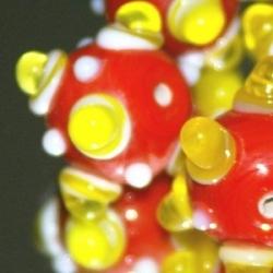 Glaskraal, rond, rood met gele en witte bumps, 14 mm (5 st.)