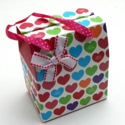 Cadeautasje, wit, hartjes, dik, hengsels, ZH07-04 (1 st.)