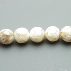 Geperste schelp kraal beige rond 14 mm (4 st.)