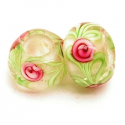 Glaskraal met groot rijggat, groen met roze roosje, 14mm (1 st.)