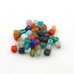 Glaskraal, mix, blokje, 6 mm (75 gram)