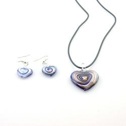 Glashanger aan veterketting met bijpassende oorbellen, hart, blauw (1 set)