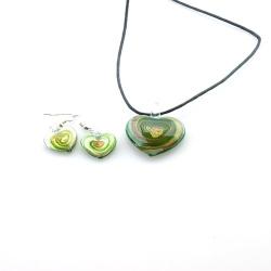 Glashanger aan veterketting met bijpassende oorbellen, hart, groen (1 set)