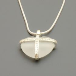 Ketting, sterling zilver met een hartvormige hanger (1 st.)
