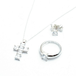 Ketting, oorbellen en ring (maat 18), kruis (1 set)