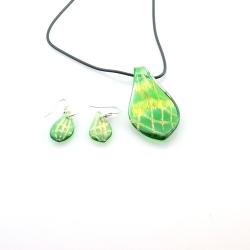 Glashanger aan veterketting met bijpassende oorbellen, blad, groen (1 set)