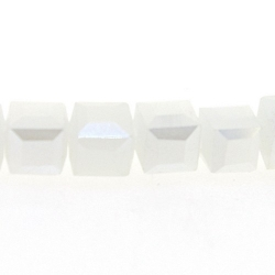 Glaskraal, blokje met facetten, wit AB, 3 mm (20 stuks)