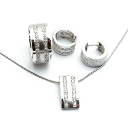 Sterling zilveren ketting, oorbellen en ring (maat 18), (1 st.)