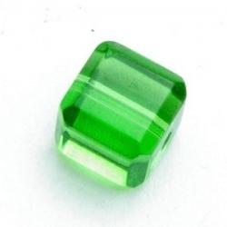 Glaskraal, blokje, lichtgroen, 8 x 8 mm (11 st.)