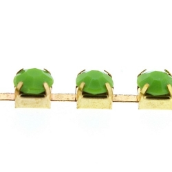 Cupchain goud strass groen 6mm (1 mtr.)