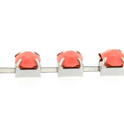 Cupchain zilver strass roze 6mm (1 mtr.)